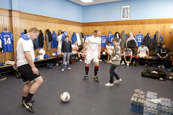 rangers legends warm up in the dressing room prior to kick off