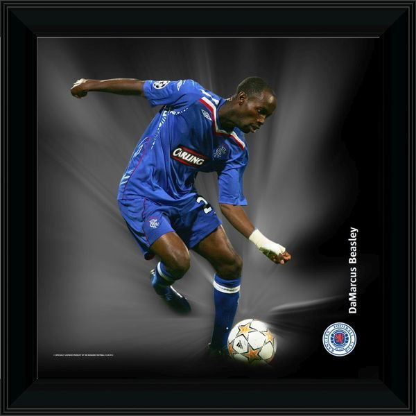 "RNGR070 - 12x12"" (305x305mm) DaMarcus Beasley Framed Dynamic Action Print"