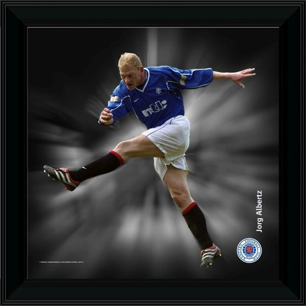 "RNGR076 - 12x12"" (305x305mm) Jorg Albertz Framed Dynamic Action Print"