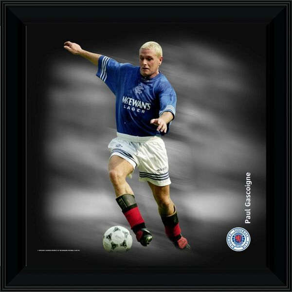 RNGR074 - Paul Gascoigne Framed Dynamic Action Print