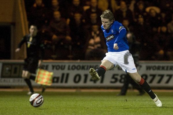 Rangers' Steven Davis scores the opening goal of the game