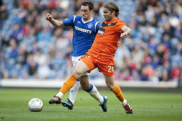 Rangers' Lee Wallace and Dundee United's Robbie Neilson