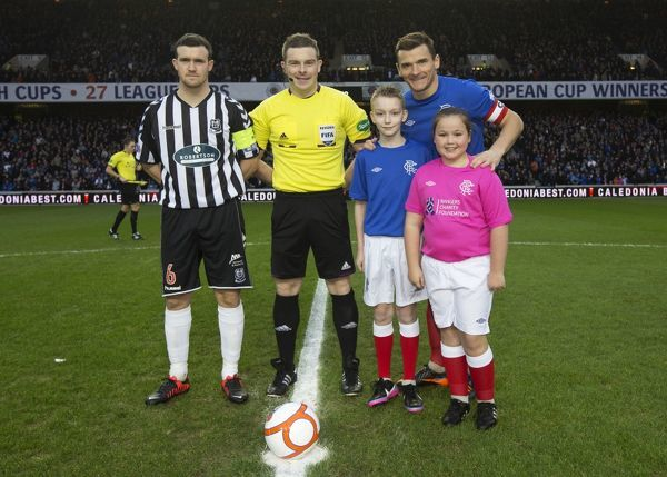 Rangers captain Lee McCulloch and Elgin captain David Niven with the mascots