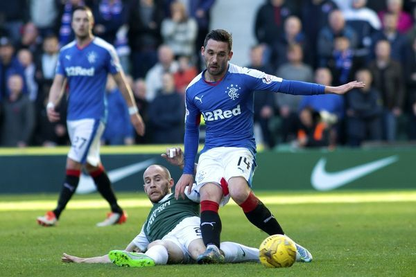 Rangers' Nicky Clark and Hibernian's David Gray during the Ladbrokes Championship match at Easter Road, Edinburgh