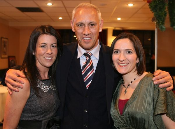 Mark Hateley with fans