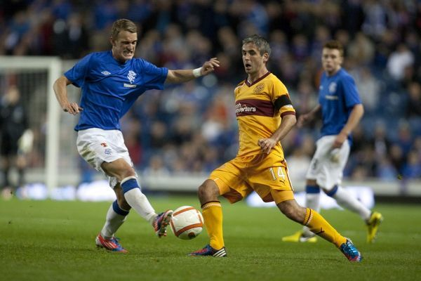Rangers' Dean Shiels and Motherwell's Keith Lasley