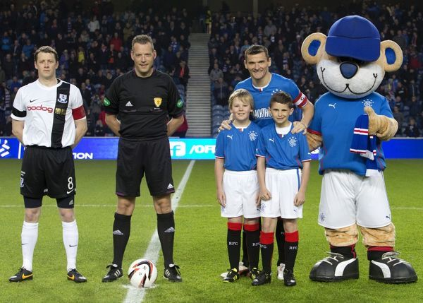 Rangers captain Lee McCulloch and mascots