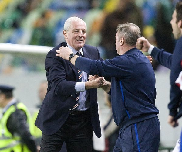 Rangers' manager Walter Smith (L) celebrates at the end of the match with Ally McCoist