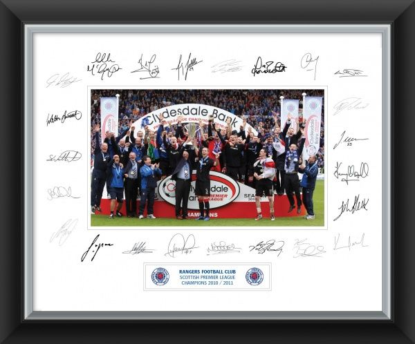 "Size: 20x16"" (508x406mm) Double Mounted Premium Framed Print. Authentically signed by the 2011 SPL Champions Squad"