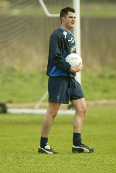 Steven Thompson. rangers training murray park 11/02/04 pic lynne norris/rangers media