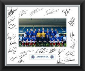 2012/13 Team Signed Mounted Framed Print