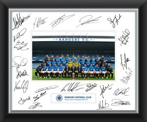 2013/14 Team Signed Mounted Framed Print