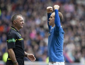 Soccer - Carling Scottish Cup Fifth Round - Rangers v Celtic - Ibrox Stadium