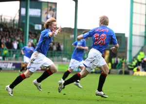 <b>Hibernian 1-2 Rangers</b><br>Selection of 13 items