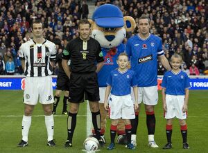 Soccer - Clydesdale Bank Premier League - Rangers v St Mirren - Ibrox Stadium