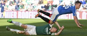 <b>Hibernian 2-1 Rangers</b><br>Selection of 53 items
