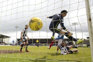<b>St Mirren 2-2 Rangers</b><br>Selection of 63 items
