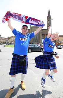 Soccer - UEFA Cup - Semi-Final 2nd Leg - Rangers Fans in Florence-